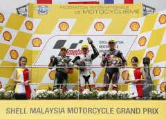 Bendsneyder third in chaotic race at Sepang